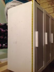 White drawers in used condition £5