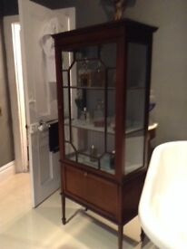 Lovely French chic antique cabinet