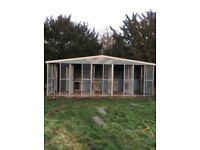 5 bay dog kennel and run