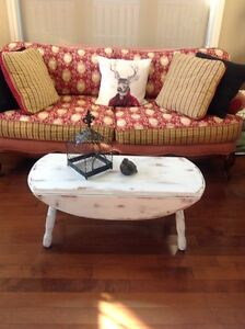 Small farm house style coffee table CHECK OUT MY OTHER ADS Belleville Belleville Area image 3