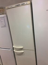Bosch KGS3722GB Fridge Freezer