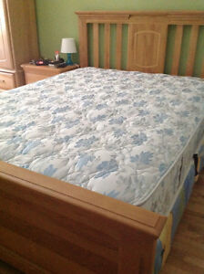 king size bed  - excellent condition