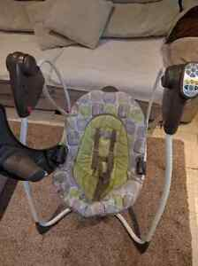 Graco automatic swing . 60$ OBO Kitchener / Waterloo Kitchener Area image 4