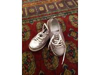 Flitflop ladies casual shoes