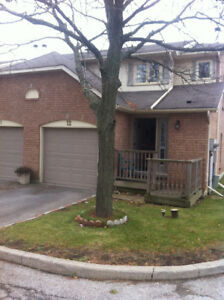 End Unit Townhouse for lease in Waterdown