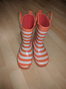 Old Navy rain boots size 3 girls youth