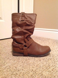 Brown boots (size 8.5)