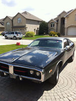selling 1974 dodge charger SE please check info