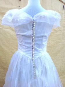 Wedding dress with headpiece - maybe a Halloween costume Cambridge Kitchener Area image 4