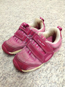Stride Rite Baby girl shoes size 7