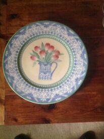 Plate Villeroy and Boch 12 inch dinner plate