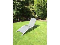 Lightweight sunlounger