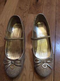 Monsoon shoes big girl size 4