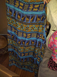 4 skirts size medium and Large 5$ each