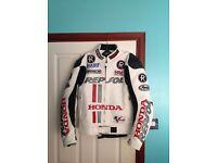 Honda leather motorbike jacket ( medium to large ) 38 - 40 chest