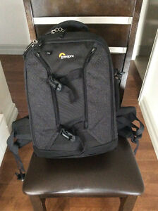 For Sale -Backpack Camera Case Strathcona County Edmonton Area image 1