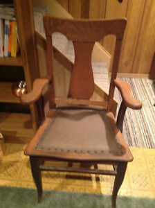 Victorian Antique Oak Chair Windsor Region Ontario image 1