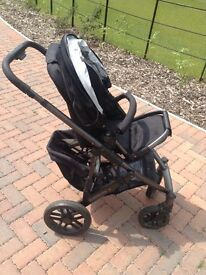 UPPABABY vista travel system, buggy, black, excellent conidtion