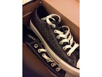 New Converse (worn once) £25 size 6 1/2
