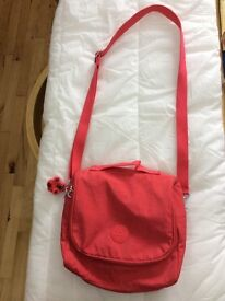 Kipling packed lunch bag in pink with baby Chloe monkey