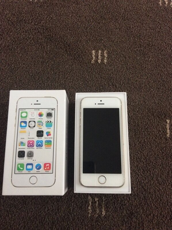 apple iphone 5s gold 16gb ee in gateshead tyne and wear. Black Bedroom Furniture Sets. Home Design Ideas