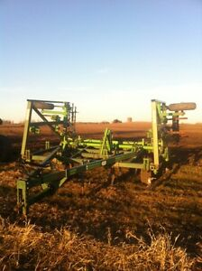 Co-op implements cultivator