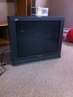 "32"" Panasonic Tau - TV"