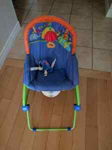 Vibrating fisher price bouncy chair euc