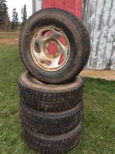 4 winter tires on rims - size 245/75R16