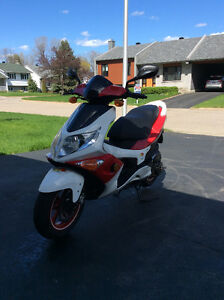Scooter PG0  G-MAX 50 - 2013