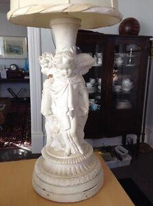 Large vintage cherub lamp - 50$