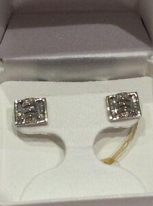 Boucles d'oreille en or blanc 14K avec diamants