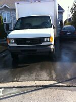 2006 Ford E-350 camion cube 16 pieds
