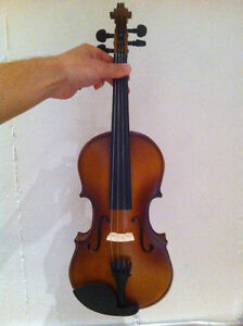 Complete Violin, Accessories and Lessons Package! Kitchener / Waterloo Kitchener Area image 1