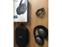 Bose QC25 Noise Cancelling Headphones Boxed in Excellent Condition