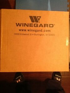 Winegard indoor digital antenna