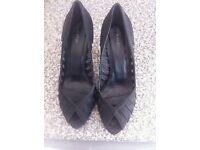 Women's Kurt Geiger shoes size 4.5