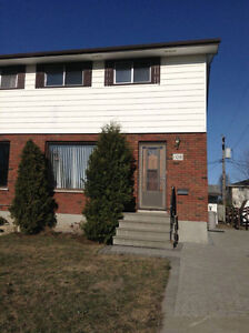 2 Rooms Available July 1/17 in Shared House Northwood Location