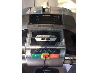 Gym Standard Horizon Adventure 6 Treadmill