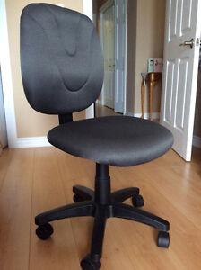 Pneumatic Office Chair
