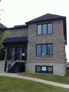 Étage 4 ½ MADECO, laval, beautiful 4 ½ MADECO for rent top floor