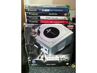 Limited edition Nintendo GameCube resident evil 4 , with super mario sunshine and others