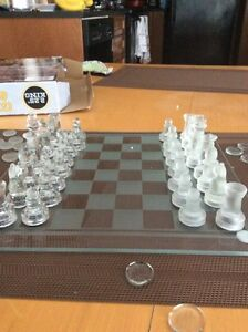 Glass Chess and Checkers Cambridge Kitchener Area image 4