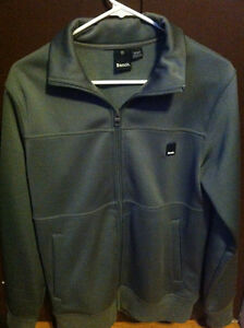 MENS BENCH JACKET - SIZE SMALL.
