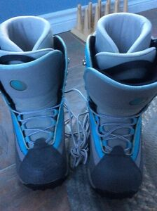 Women's snowboard boots size 10