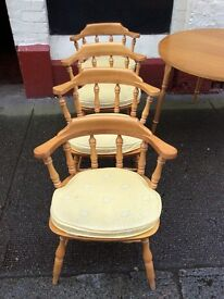 Circular Table + Chairs : free Glasgow delivery