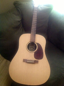BEAUTIFUL LIKE NEW ACOUSTIC MARTIN DXM GUITAR