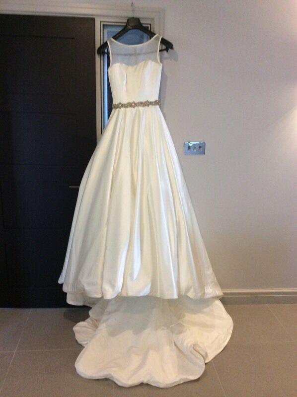 Mia By Alan Hannah Tamara Wedding Dress Size 8 10 With Full Length Veil