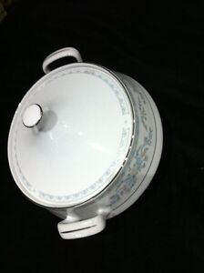 Somerset by NL Excel  China Serving Set London Ontario image 2