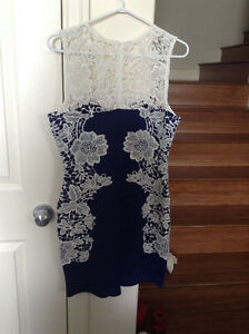 BRAND NEW Lace/Floral Summer Dress